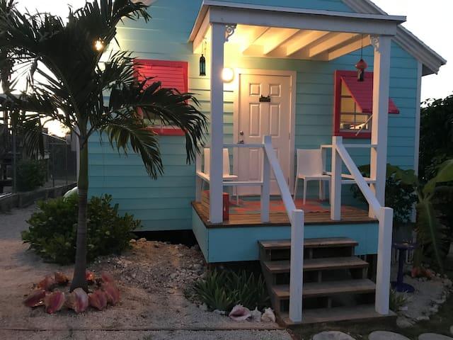 Lazy Blue Sea Cottage- Bahamas