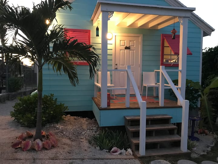 Lazy Blue Sea Cottage- Bahamas