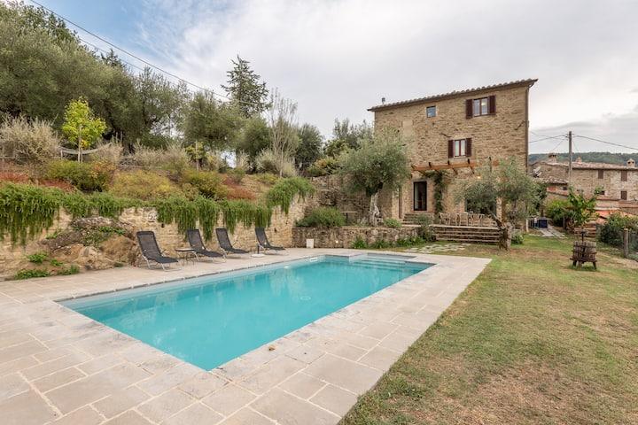 Casa San Martino - Villa with pool in Umbria