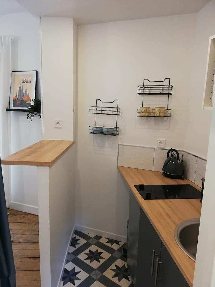 Studio cosy en plein centre ville de Poitiers***