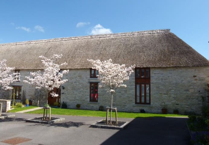 Bed and Breakfast at The Barn, Dorchester - Dorchester - Inap sarapan
