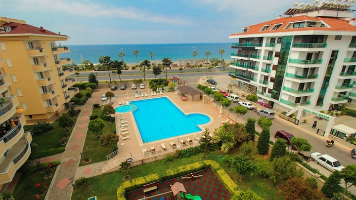 Kestel location 2+1 sea view luxury flat