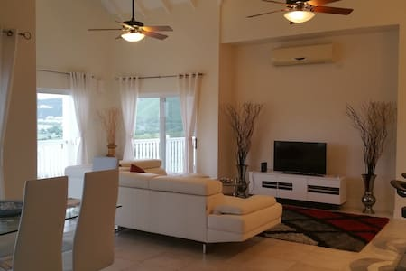 Stunning Views - Luxury 2Bd Condo - Basseterre
