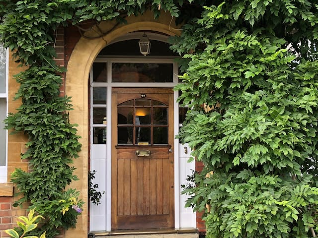 Country house elegance in South West London