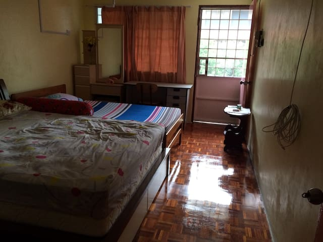 KL KEPONG HOME near DESA PARK CITY