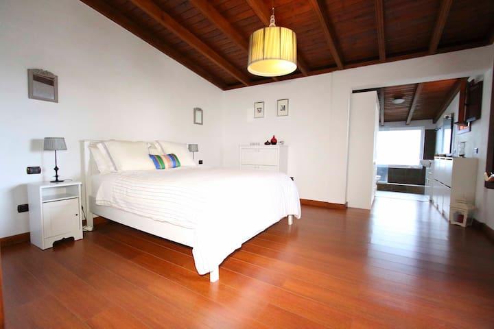 Caserio Lomo Arriba