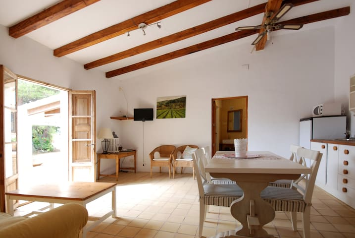 lovely country house, with air con - sant maria del cami - House