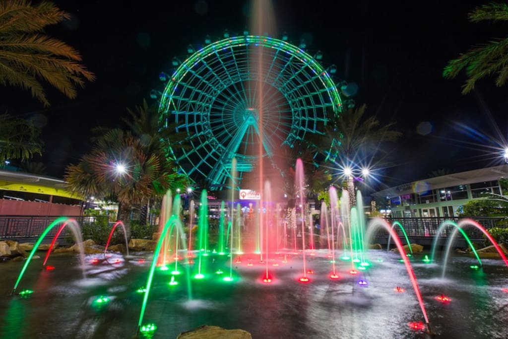 Enjoy views of the Orlando Eye!