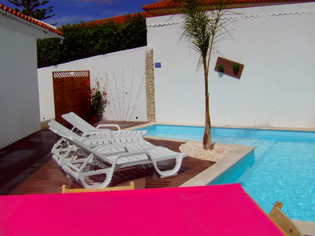 House Violet 10min Obidos with pool