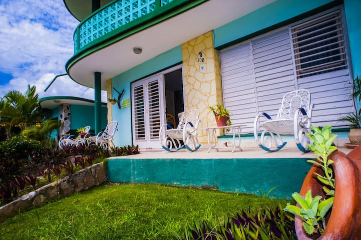 Huge and Stunning House 30m From Varadero Beach-1