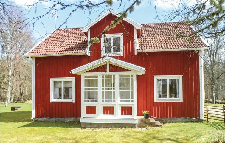 Holiday cottage with 3 bedrooms on 112 m² in Bor