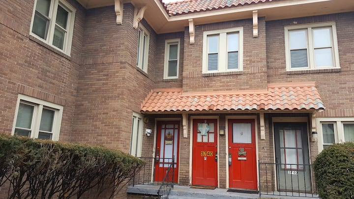 Pennview guest house Apt#  R