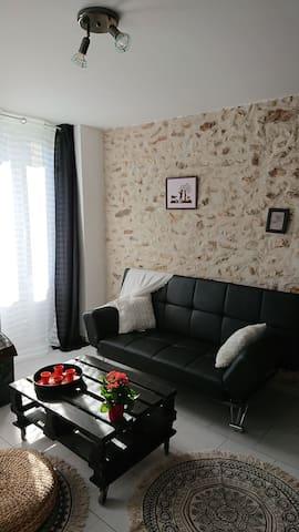 Charmant appartement au calme. Forêt, escalade.