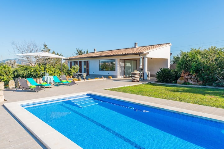 ES SERRAL - Villa with private pool in sa Pobla. Free WiFi