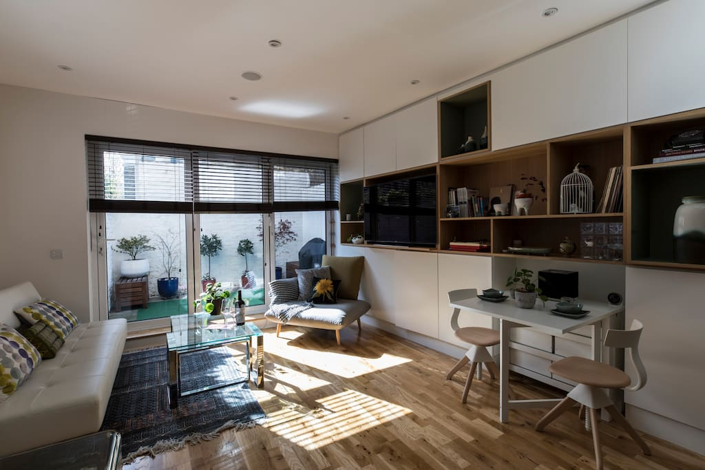 Open plan living room with private terrace (bbq station)