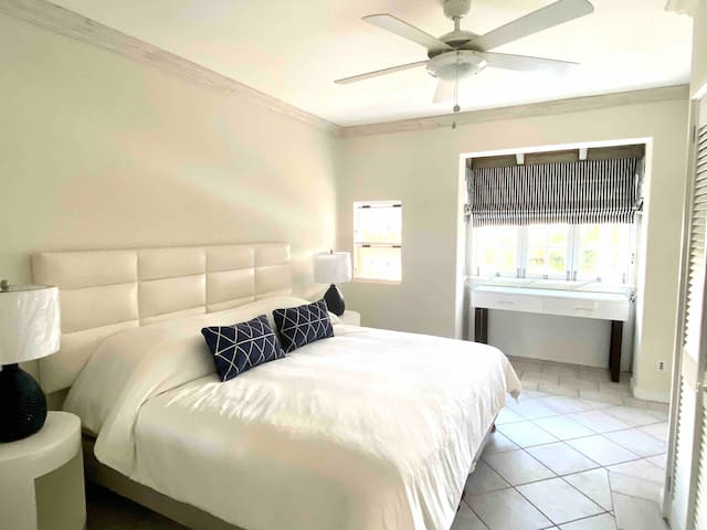 Third Bedroom - bed can convert to two twin beds (please request if twin beds are needed)