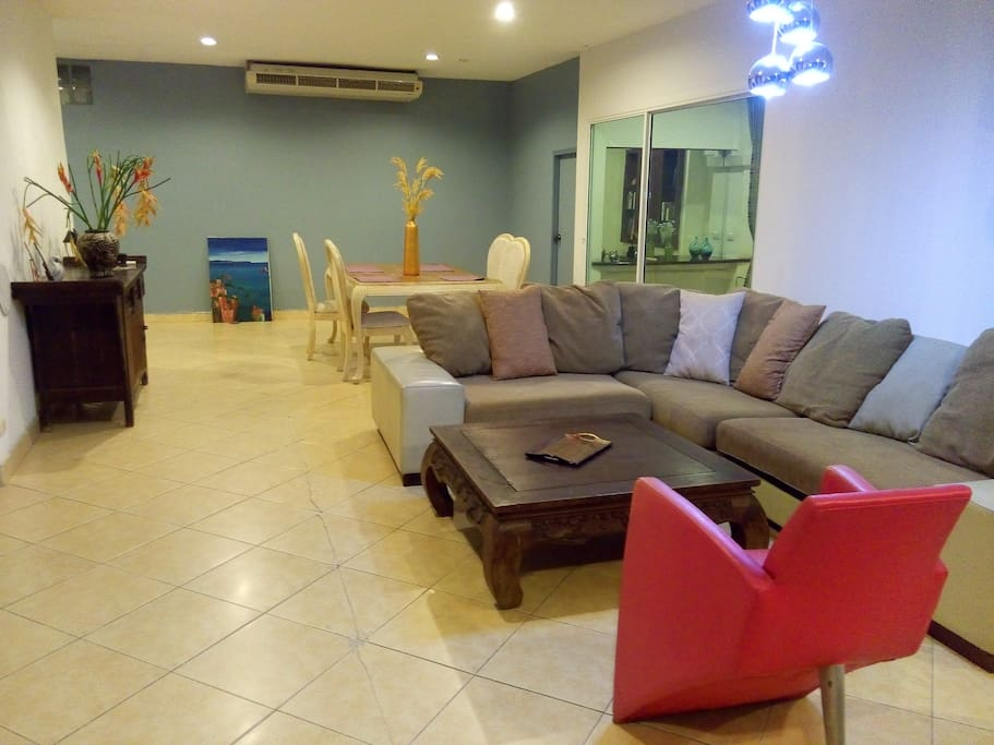 60 sqm modern and comfortable living room