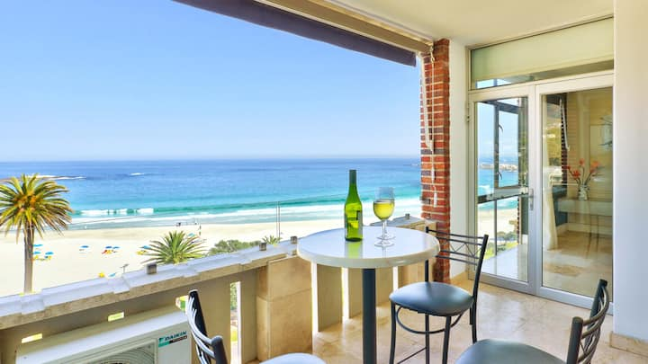 Luxury Apartment On Camps Bay Beach | Cloud 9