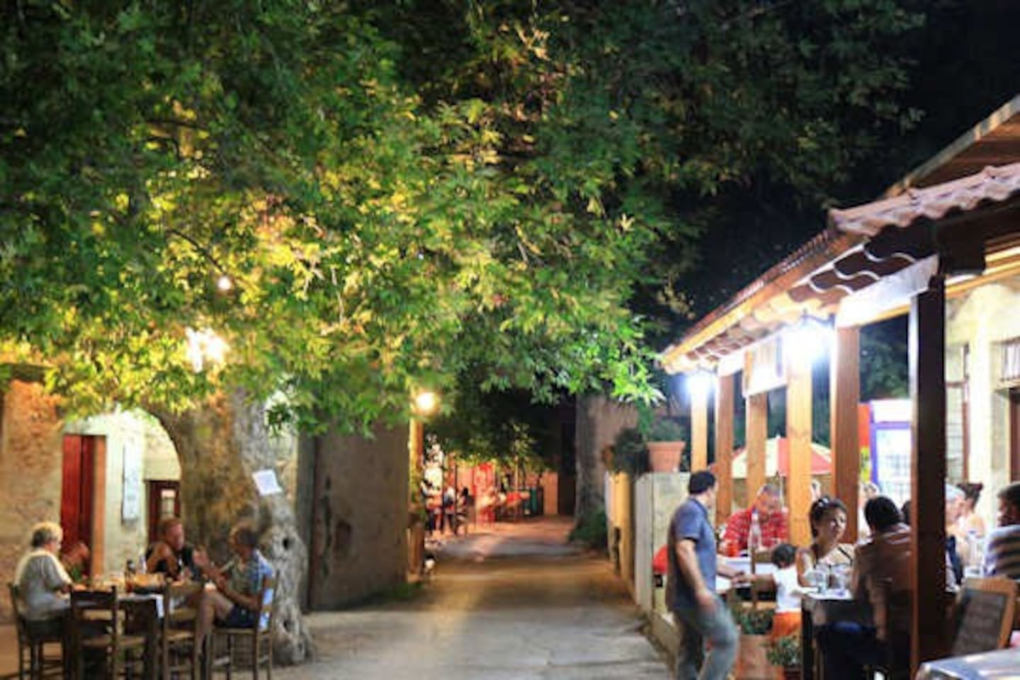 Enjoy a lovely meal in a romantic atmosphere. The traditional restaurants of the village is just 50 meters away!