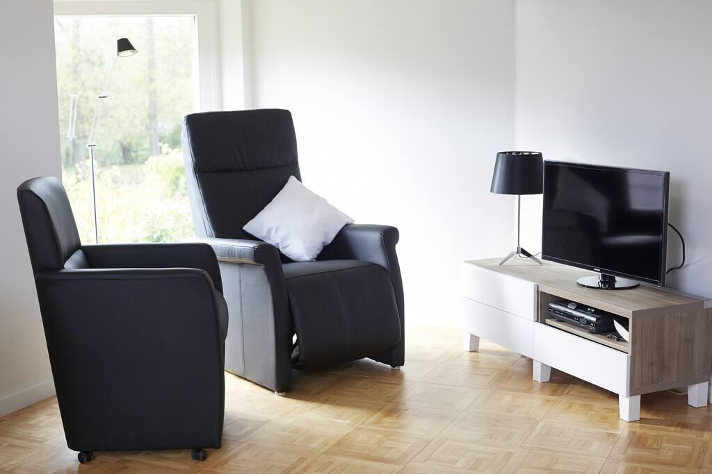 gezellig living met TV (E-flat)