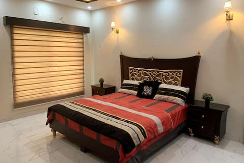 One luxury master bed (with lounge & kitchen)
