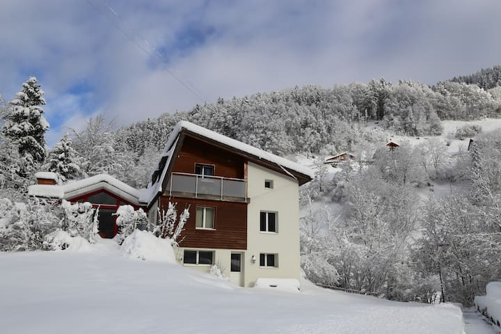 Double room with balcony - Engelberg - Chalet