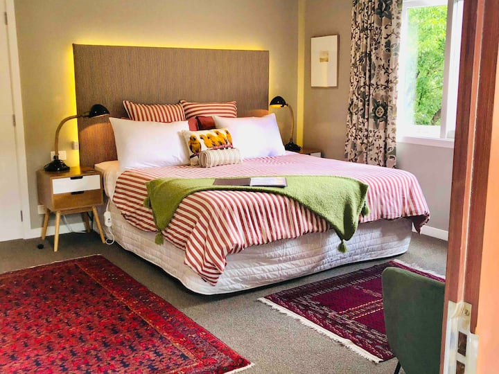 Private Studio in the Heart of Historic Arrowtown.