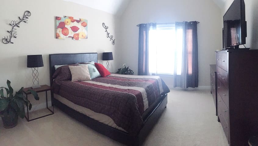 Comfortable Private Queen Bed & Bath - Ooltewah - Talo