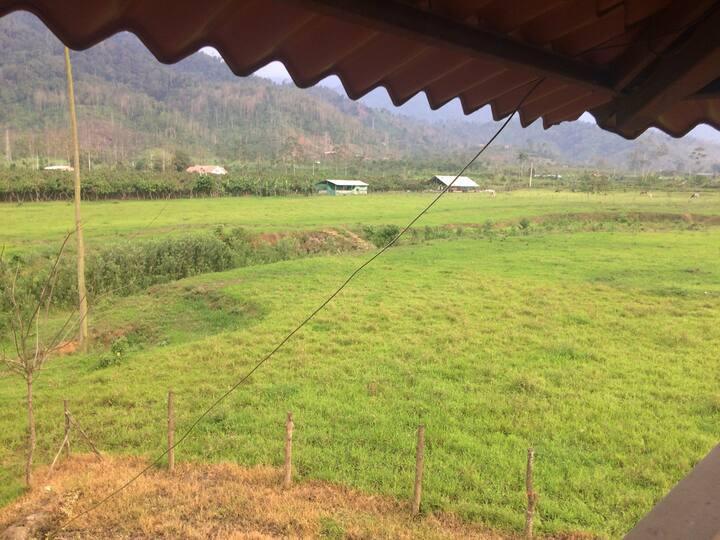 Casa de Campo en Hacienda Ganadera