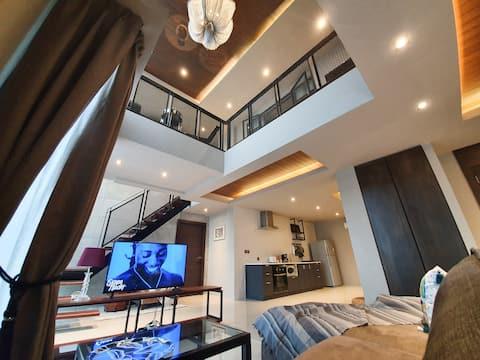 3BR-ICONIC DUPLEX-Shuttle Phrakhanong BTS-漂亮的房子