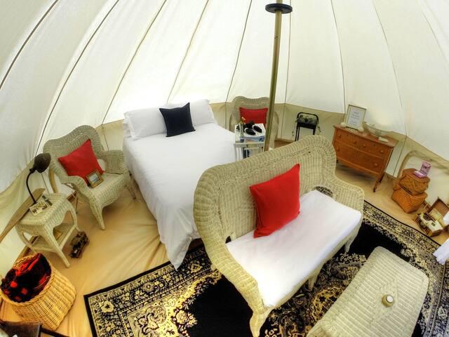 Glamping - Luxury Canvas Tent w/ Breakfast