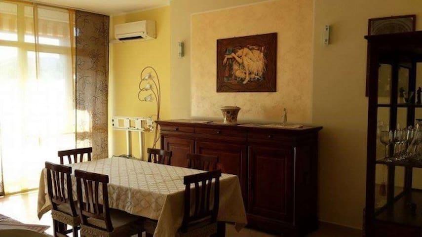 Appartamento a pochi metri dal mare - Belvedere Marittimo - อพาร์ทเมนท์