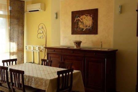 Appartamento a pochi metri dal mare - Belvedere Marittimo