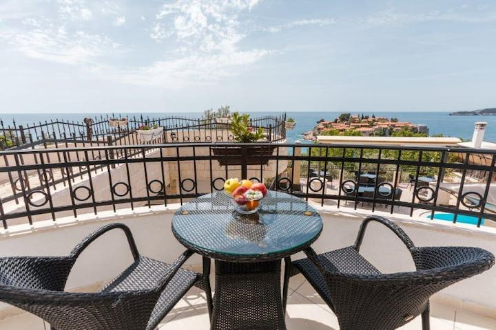 Studio apartment (two adults) with Sea View