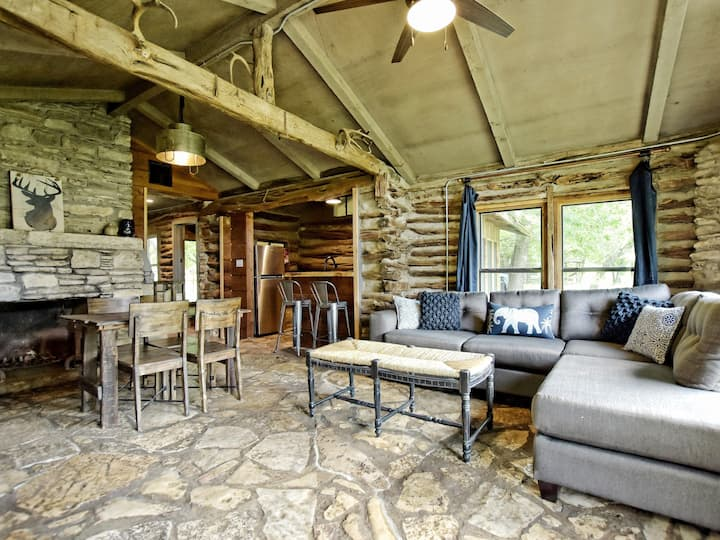 Riverfront Cabin with Firepit | Pioneer Casita