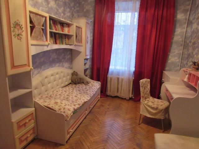 Cosy  flat in the center Уютная квартира в центре - Sankt-Peterburg - Byt