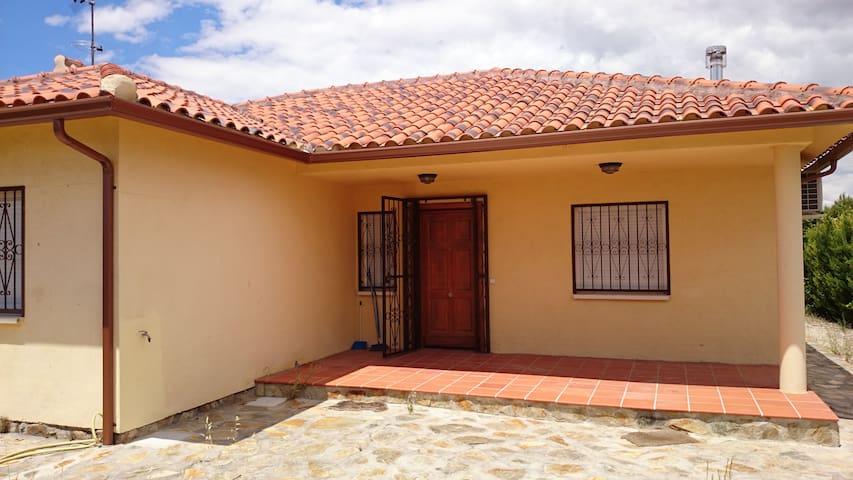 Chalet Aranjuez - Urtajo