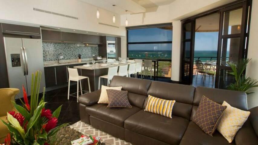 Oceanview Tamarindo Penthouse