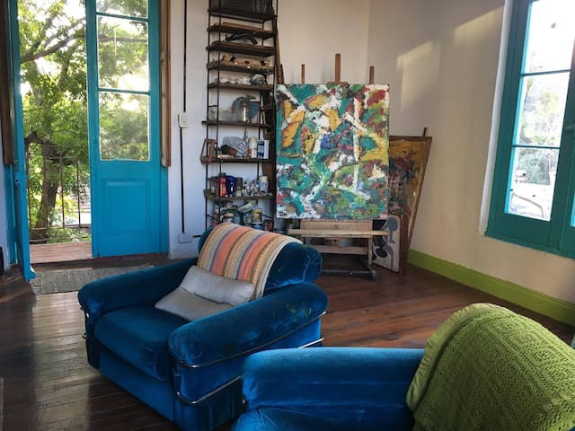 Beautiful ensuite in Art House near Lollapalooza