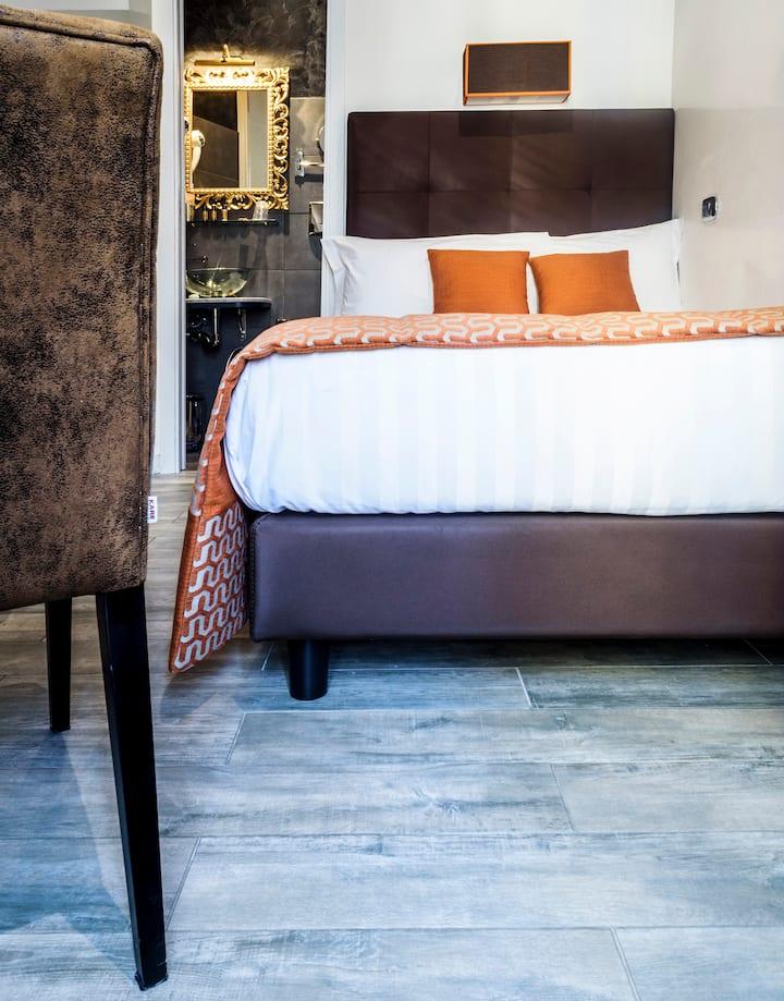 Single Room with Balcony Rome Vatican City