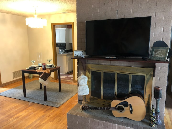 Fortress of Fun - 3 Bedrooms (Centrally Located)