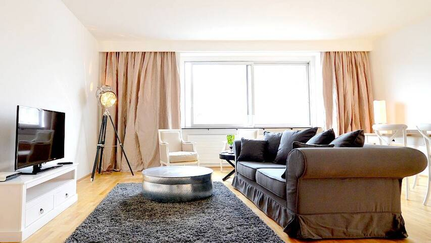 Vienna Residence | Beautiful apartment in Vienna at the famous Rechte Wienzeile - with space for the whole family #6151