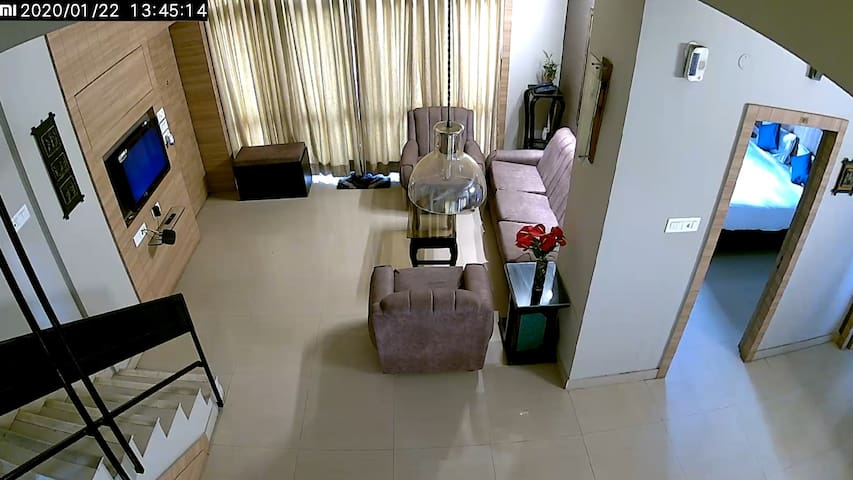 Duplex with Open Lawn|Airport|City Centre|MainCity