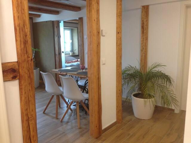 Ferienwohnung mit Terrasse (Weimar) - Kromsdorf - Appartement