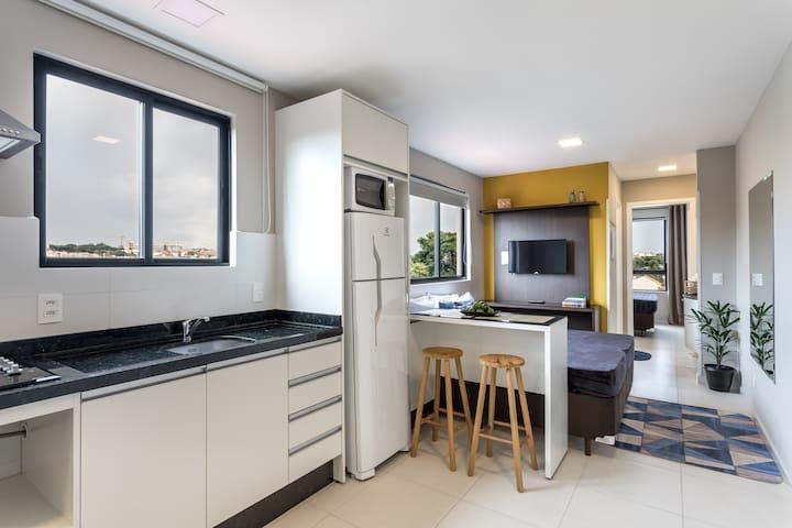 Pleione ★ Completo -garagem, Botânico, PUC, Centro