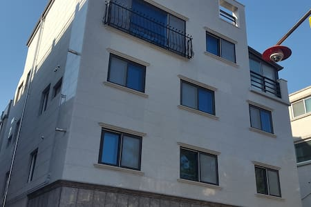 John's Studio Apartment in Wonju-City - Dangu-dong, Weonju