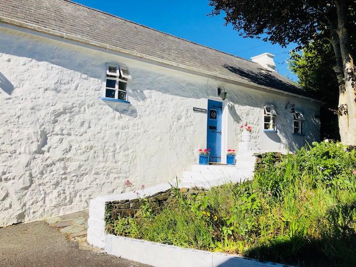 Stunning #Abersoch Cottage 5 mins walk to Beach
