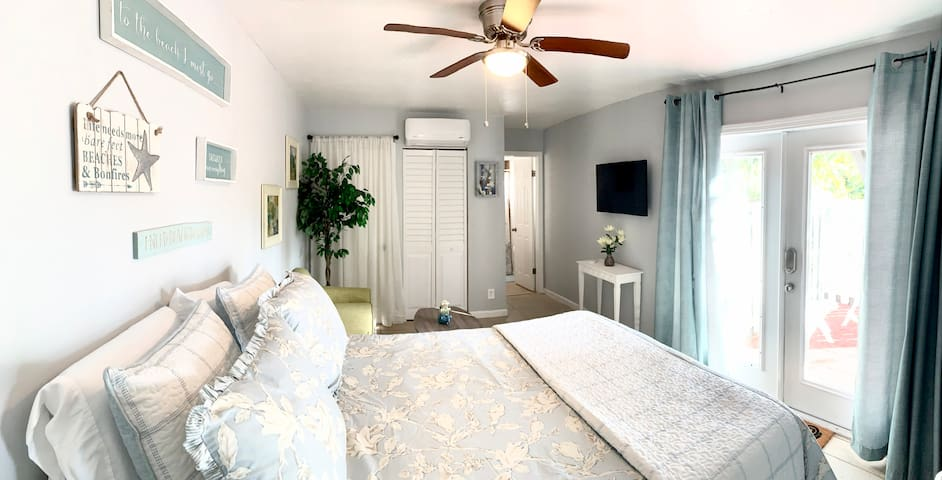 Studio in♥of DT Ft Lauderdale☆Walk to restaurants
