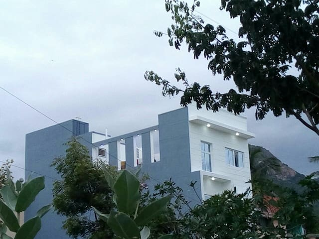 Home stay lll near ramanaashram @ Arunachala