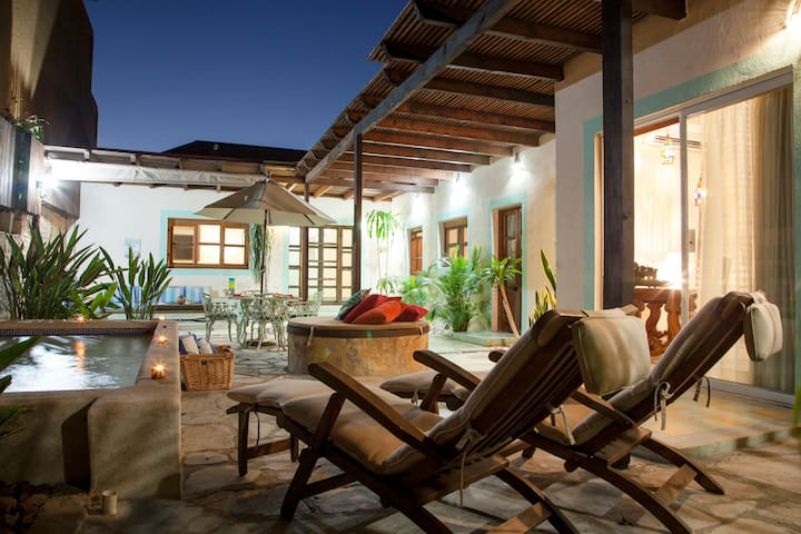 Casa Abuelita: Trendiest Area, Close to the Beach - La Paz - House